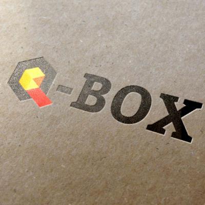 PORTFOLIO Q_Box_branding_01.jpg